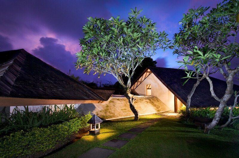 Villa Bali Bali Gardens at Night | Umalas, Bali