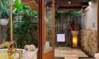 Villa Bayuh Sabbha Bathroom | Uluwatu, Bali