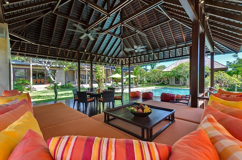 Villa Bendega Nui Living Area Bale View to Pool | Canggu, Bali