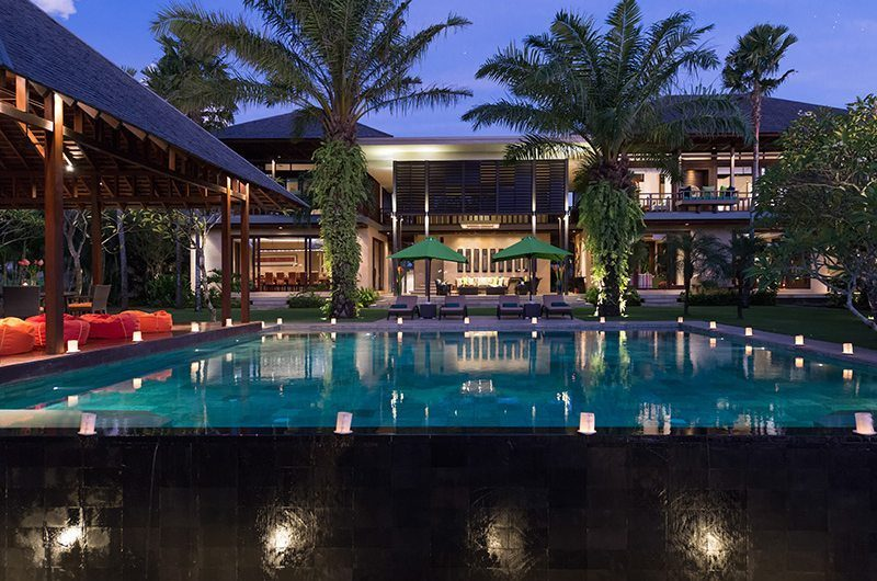 Villa Bendega Nui Night View   Canggu, Bali