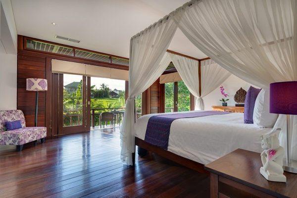 Villa Bendega Nui Bedroom and Balcony   Canggu, Bali