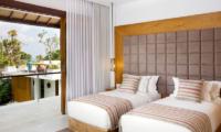 Villa Cendrawasih Twin Bedroom   Petitenget, Bali