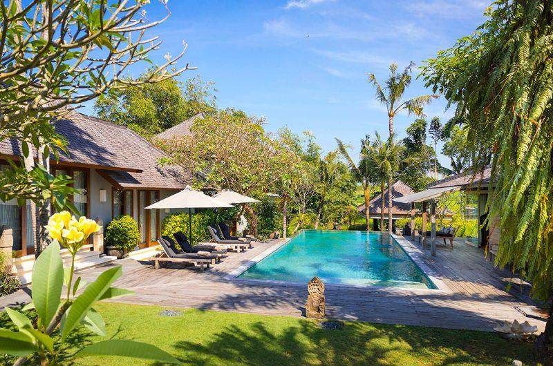 Villa Hansa Reclining Sun Loungers   Canggu, Bali
