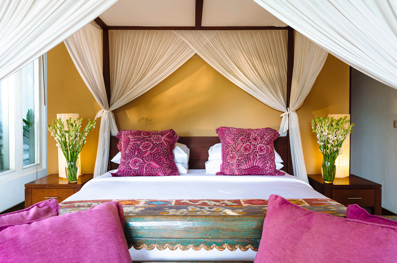 Villa Hansa Four Poster Bed with Mosquito Net | Canggu, Bali