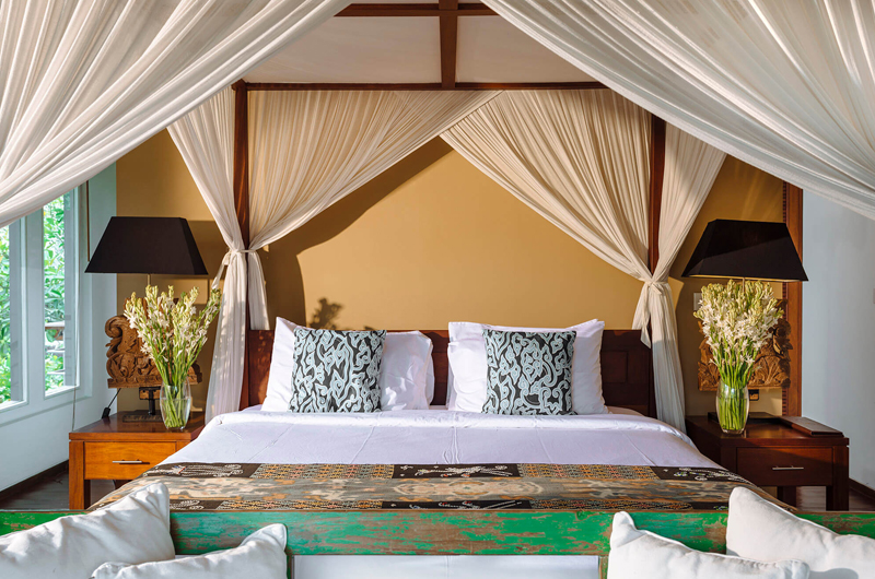 Villa Hansa Bedroom with Table Lamps   Canggu, Bali