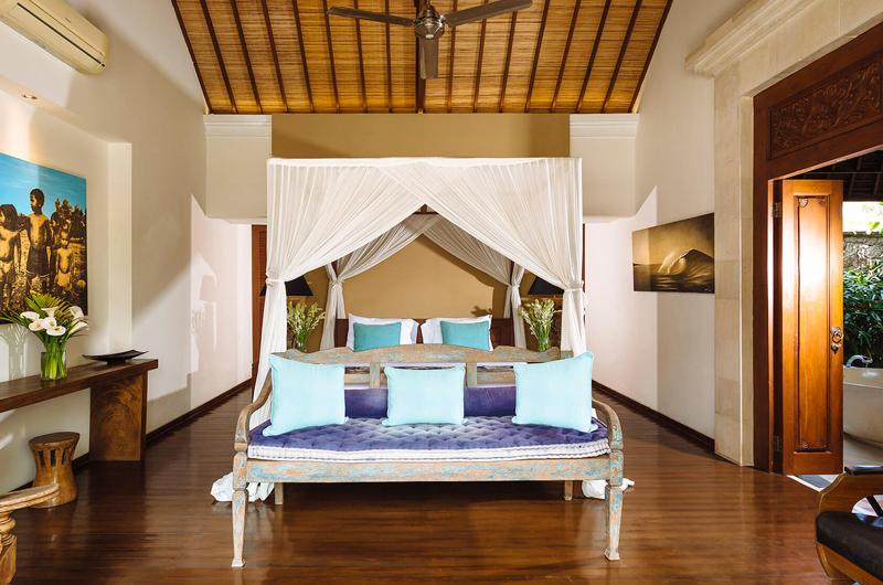 Villa Hansa Four Poster Bed and En-suite Bathroom   Canggu, Bali