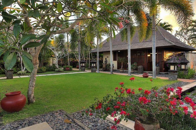 Villa Indah Manis Tropical Garden | Uluwatu, Bali