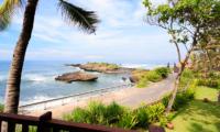 Villa Maridadi Beachfront | Seseh, Bali