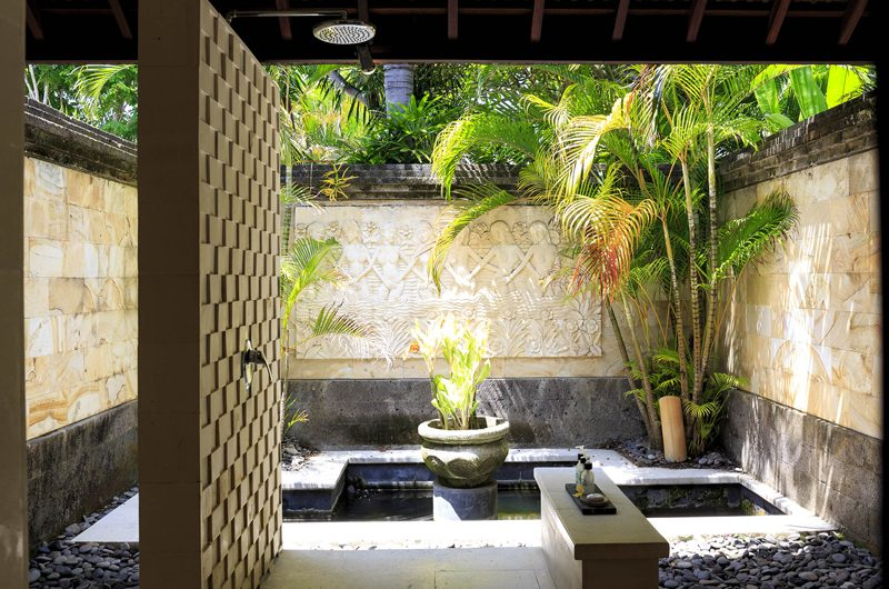 Villa Pushpapuri Semi Open Bathroom | Sanur, Bali