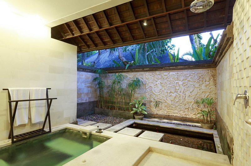 Villa Pushpapuri En-suite Bathroom | Sanur, Bali