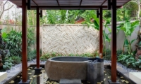 Villa Sati Outdoor Bathtub | Canggu, Bali