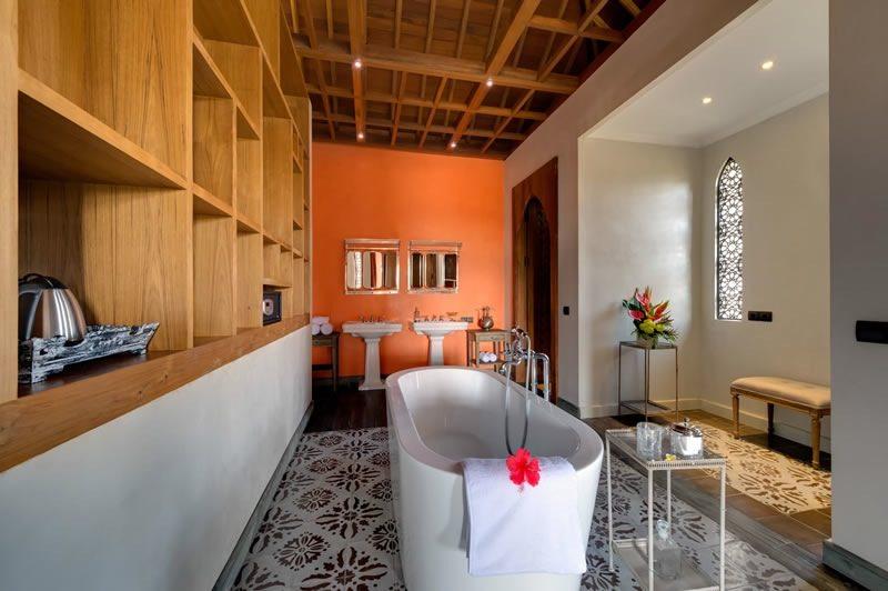 Villa Sayang DAmour Bathroom I Seminyak, Bali