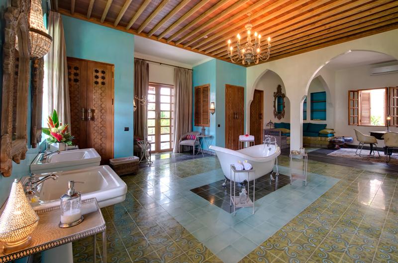 Villa Sayang DAmour Master Bathroom Seminyak, Bali