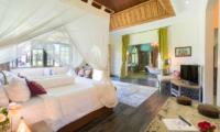 Villa Sayang d'Amour Bedroom and En-suite Bathroom | Seminyak, Bali