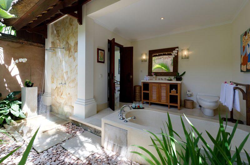 Villa Surya Damai Outdoor En-suite Bathroom | Umalas, Bali