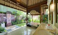 Villa Surya Damai Bathroom with Bathtub   Umalas, Bali