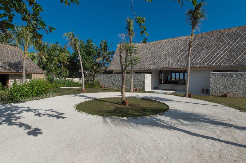 Villa Voyage Exterior | Nusa Lembongan, Bali