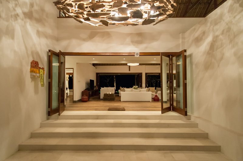 Villa Voyage Entrance | Nusa Lembongan, Bali