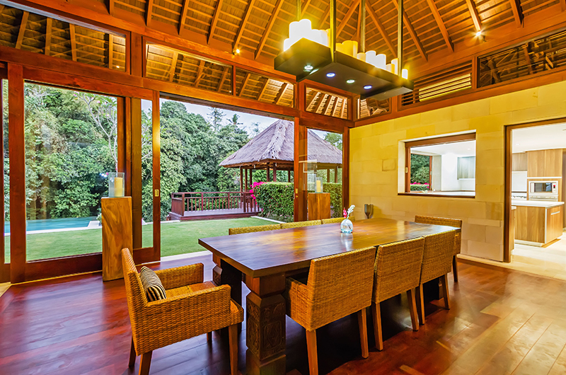 Villa Champuhan Wooden Dining Table | Seseh, Bali