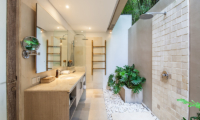 Villa Inti Bathroom with Shower | Canggu, Bali