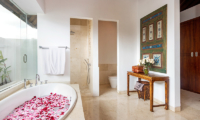 Villa Kipi Bathroom One | Seminyak, Bali