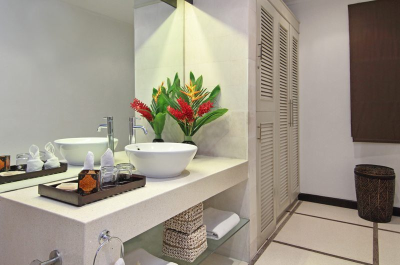 Villa Sesari En-suite Bathroom | Seminyak, Bali