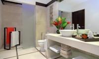 Villa Sesari Bathroom | Seminyak, Bali