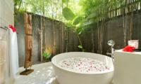 Casa Brio Romantic Bathroom Setting I Seminyak, Bali