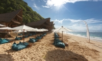 The Ungasan Clifftop Resort Sundays Beach Club Relax Area | Ungasan, Bali