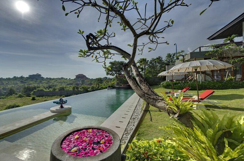 Villa Aiko Garden And Pool | Jimbaran, Bali