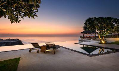 Karang Kembar Infinity Pool | Uluwatu, Bali