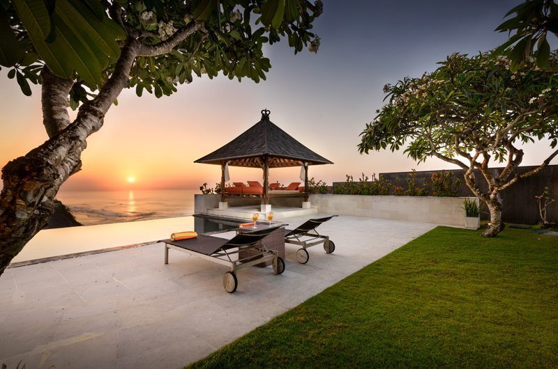 Karang Kembar 3 Pool Bale | Uluwatu, Bali