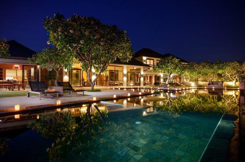Karang Kembar Sun Beds | Uluwatu, Bali