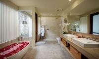 Karang Kembar3 Master Bathroom | Jimbaran, Bali