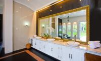 Puri Nirwana En-suite Bathroom | Gianyar, Bali