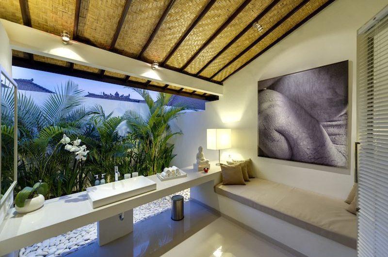 Sahana Villas Bathroom I Seminyak, Bali