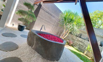The Layar One Bedroom Villas Romantic Bathtub set Up | Seminyak, Bali