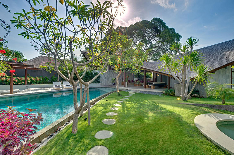 The Layar Three Bedroom Villas Pool Side | Seminyak, Bali