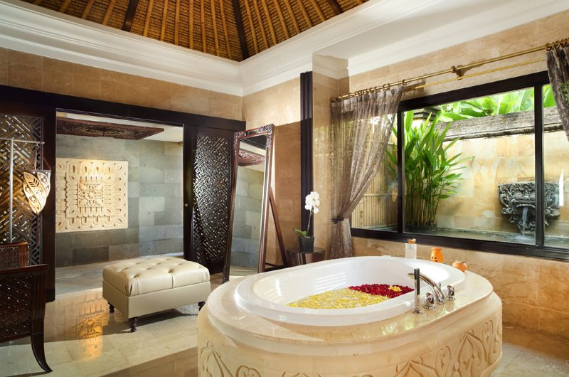 The Villas at Ayana Resort Bali En-suite Bathroom | Jimbaran, Bali