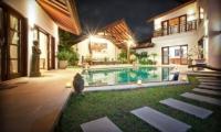 Villa Origami Pathway   Seminyak, Bali
