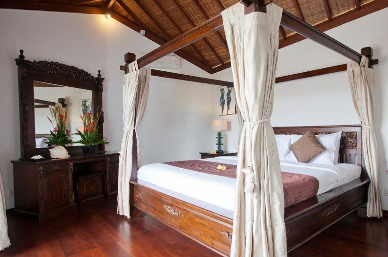 Villa Origami Master Bedroom | Seminyak, Bali
