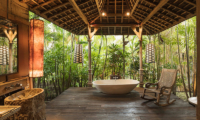 Villa Zelie Open Plan Bathtub | Canggu, Bali