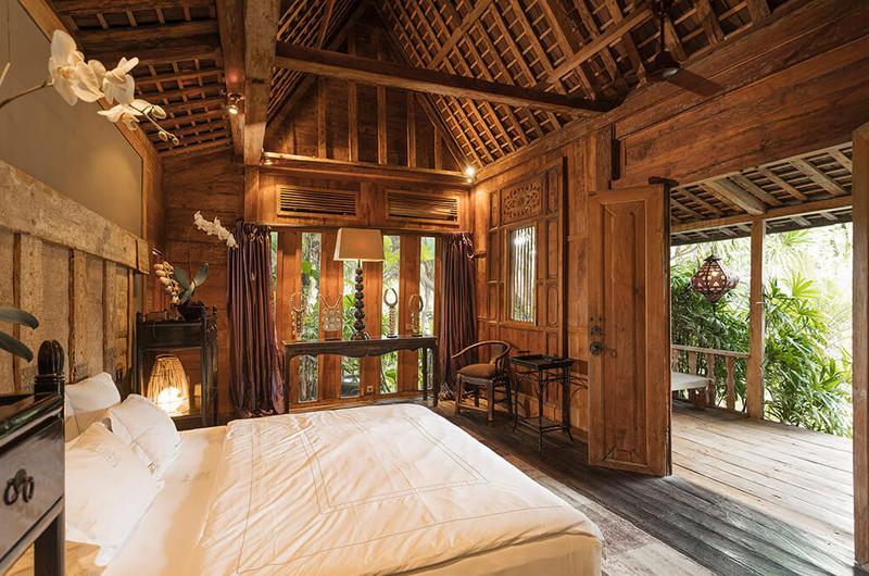 Villa Zelie King Size Bed and Balcony | Canggu, Bali