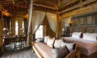 Villa Zelie Bedroom with Study Table | Canggu, Bali
