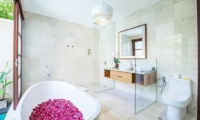 Beautiful Bali Villas Bathroom|Legian, Bali