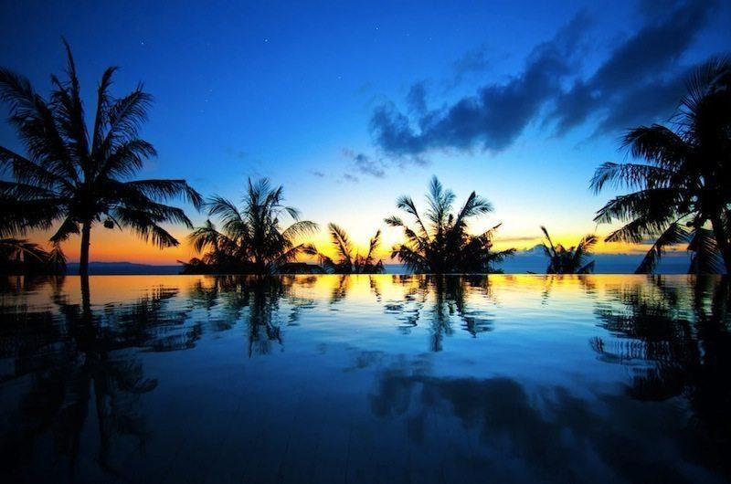 Malimbu Cliff Villa Infinity Pool I Lombok, Indonesia