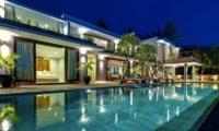 Malimbu Cliff Villa Swimming Pool I Lombok, Indonesia
