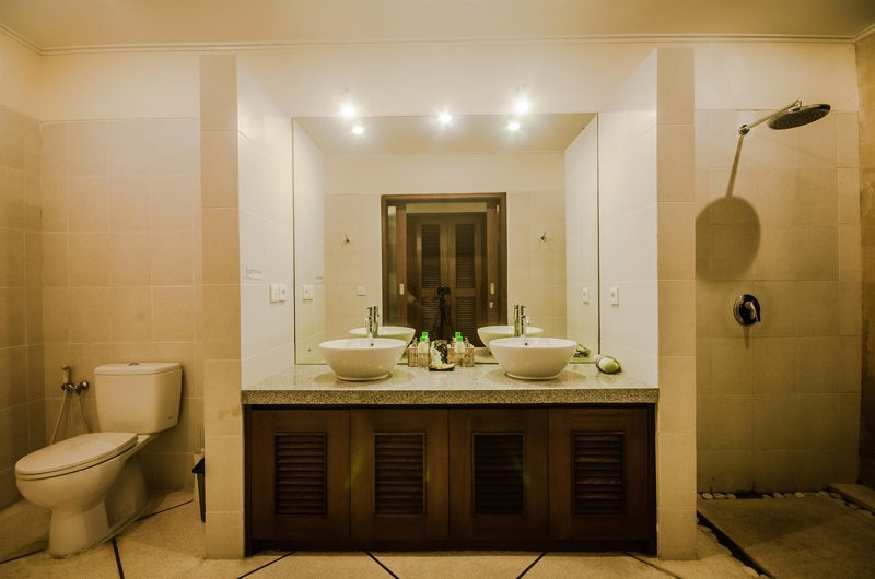 Villa Alam Master Bathroom | Seminyak, Bali