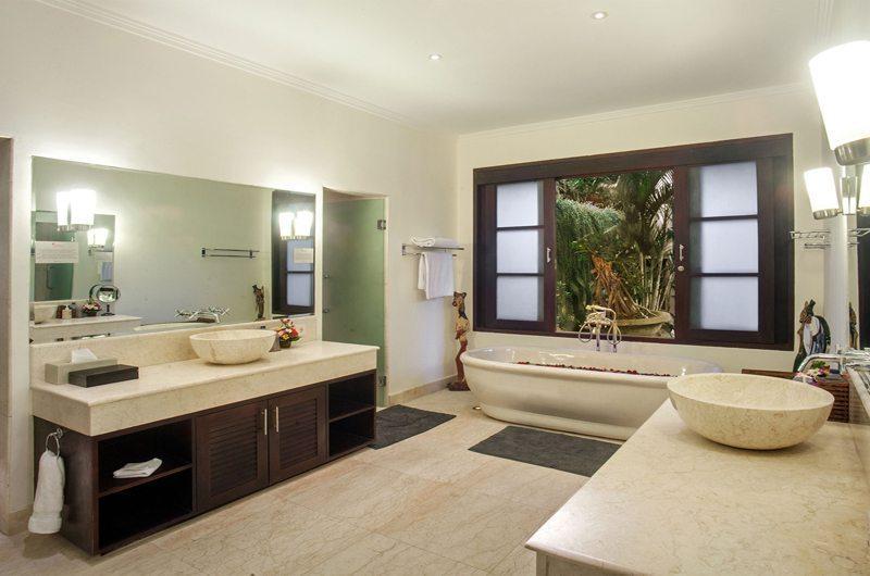 Villa Avalon Bali Master Bathroom | Canggu, Bali