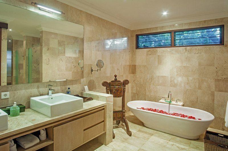 Villa Avalon Bali Bathroom | Canggu, Bali